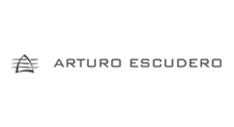 http://www.arturoescudero.com/index.php?idioma=es